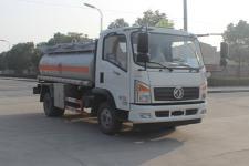 国五东风多利卡型加油车