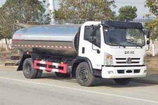 国六东风鲜奶运输车