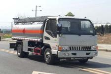 國五江淮5噸加油車18727972525