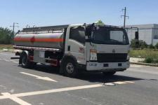重汽豪沃10吨流动移动加油车油罐车