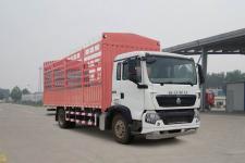 豪沃牌ZZ5187CCYK501GE1型倉柵式運輸車