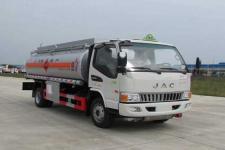 江淮骏铃6吨加油车18727982299(楚胜牌8.3方)