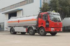 國五解放小三軸運油車