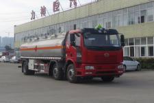 国六解放J6小三轴易燃液体罐式运输车