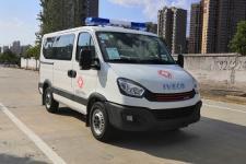 程力威牌CLW5040XJHCD5型救护车图片