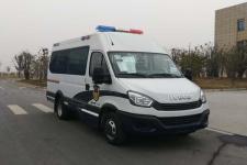 依维柯牌NJ5046XQCFE型囚车图片