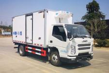 江铃顺达国六4米2冷藏车