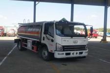 國五解放加油車