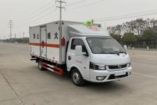 国六东风途逸3.9米易燃液体厢式运输车