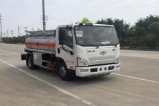 专威牌HTW5070GJYCAC6型加油车