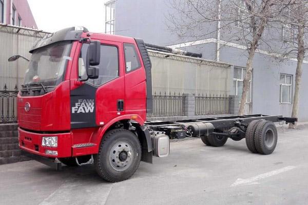 仅售13.4万 石家庄J6L载货车底盘促销中1