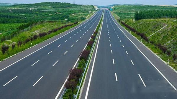 承平高速公路(承德段) 起自长深高速公路(g25) 兴隆县李家营互通,经鹰